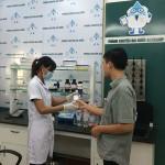 Kết quả xét nghiệm nước Quận Hà Đông trực tiếp tại Showroom