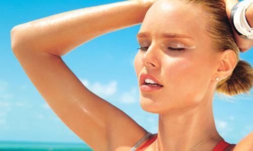 Ra mồ hôi - cũng là lúc nước thực hiện thải độc tố trong cơ thể