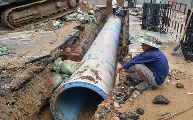 Vỡ đường ống nước