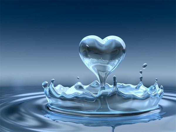 Phân tử nước ở thể lỏng